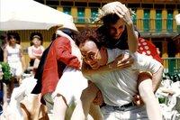 Harry (Ulrich Noethen) genießt mit Erna (Meret Becker) den Erfolg seines Sextetts.