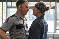 Dixon (Sam Rockwell, l.); Mildred (Frances McDormand, r.)
