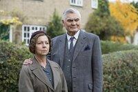 Mrs. Maguire (Tessa Peake-Jones, l.); Jack Chapman (Nick Brimble, r.)