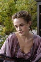 Octavia (Kerry Condon) l%?t sich von Servilia f¸r deren Zwecke benutzen... Foto: © 2005 HOME BOX OFFICE, INC. ALL RIGHTS RESERVED: HBO Æ