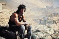 Setzt alles daran, seinen Freund, Colonel Trautman, aus den Fängen der Russen zu befreien: Rambo (Sylvester Stallone) ...