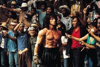 Um seinen Freund, Colonel Trautman, aus den Fängen der Russen zu befreien, schreckt Rambo (Sylvester Stallone) vor nichts zurück ...