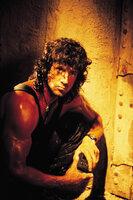 In einem thailändischen Kloster hofft Rambo (Sylvester Stallone) seinen inneren Frieden zu finden. Doch als er erfährt, dass Colonel Trautman als Militärberater in Afghanistan von russischen Truppen gefangengenommen wurde, setzt er alles daran, das Versteck der Entführer aufzuspüren ...