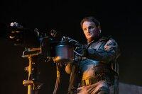 Durch Skynet wurde John (Jason Clarke) in einen unberechenbaren T-3000 verwandelt. Wird er sich gegen Sarah und Kyle stellen?