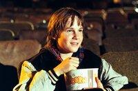 In jeder freien Minute geht Danny (Austin O'Brian) ins Kino. Er ist totaler Fan von Actionfilmen.