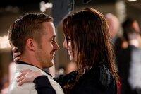 Hat die Liebe zwischen dem eigentlichen Womanizer Jacob (Ryan Gosling, l.) und der lieben Hannah (Emma Stone, r.) eine Chance?