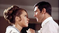 Tracy (Diana Rigg), James Bond (George Lazenby)