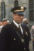 Der Schrecken aller Inhaftierten: der sadistische Oberaufseher Hadley (Clancy Brown) ...