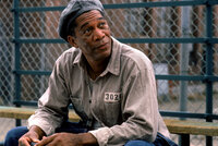 Während seiner langjährigen Haft hat Red (Morgan Freeman) schon viel erlebt - doch als er Andy trifft, verändert sich der Gefängnisalltag für ihn schlagartig ...