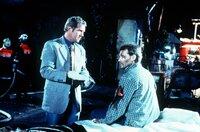 Dr. Justus Hallstein (Harald Krassnitzer, l.); Rudi Seiler (Herbert Zauner, r.)