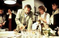 (v.l.n.r.) Dr. Justus Hallstein (Harald Krassnitzer); Lisa Brunner (Janina Hartwig); Luis (Hermann Giefer)