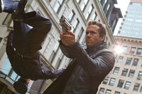 Nick Walker (Ryan Reynolds)