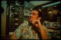Der Discjockey XERB (Wolfamn Jack) sorgt im Radio immer für gute Stimmung.