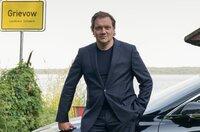 Andy (Charly Hübner) macht sich auf eine Reise in die Vergangenheit. Der Frankfurter Erfolgsbanker muss sich gegen den Vorwurf der Vergewaltigung verteidigen und herausfinden, wer hinter einem anonym verfassten Brief steht. Eine geschäftliche Intrige, eine perfide Erpressung oder ein später Racheakt?