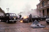 Nachdem der ehemalige CIA-Agent Jack Ryan (Harrison Ford, r.) einen Mordanschlag auf die königliche Familie verhindert hat, haben ihn die entkommenen IRA-Attentätern im Visier ...