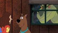 Weird Al Yankovic, Scooby und die Gang werden von einem wütenden Dinosaurier gejagt. Unsere Helden schreiten mutig zur Tat um Weird und sein Akkordeon-Camp zu retten.