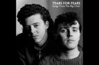 Die 1981 von Roland Orzabal (li.) und Curt Smith (re.) gegründete Band Tears for Fears hat weltweit mehr als 30 Millionen Alben verkauft, darunter fast 10 Millionen allein in den Vereinigten Staaten und mehr als 1,5 Millionen in Frankreich.