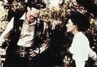 Die Bürgermeisterstochter Prudy (Joan Hackett) ist sehr angetan von dem neuen Sheriff (James Garner).