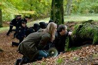 Kristina (Rebekah Staton) und Stefan Lindeman (Mark Hadfield) bei einem Großeinsatz.