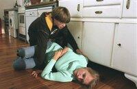 Markus Kühn (Dominik Janisch) musste zusehen, wie seine Mutter (Maria Hartmann) starb - ein Schock für den 16-Jährigen.