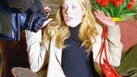 Während eines Botengangs wird die neue Praktikantin Dr. Devan Maguire (Jennifer Finnigan) entführt.