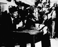 """""""Für ein paar Dollar mehr"""", Die beiden Kopfgeldjäger Monco und Colonel Mortimer nehmen gemeinsam die Verfolgung des mexikanischen Banditen Indio auf. Monco lässt sich in die Bande einschleusen, kann aber einen Überfall auf die Bank von El Paso nicht verhindern. Mortimer und Monco bleiben Indio aber auf den Fersen, um nach und nach dessen Bande zu dezimieren.Im Bild (v.li.): Lee Van Cleef (Mortimer), Klaus Kinski (Wild).  SENDUNG: ORF eins - DI - 13.12.2011 - 00:35 UHR. - Veroeffentlichung fuer Pressezwecke honorarfrei ausschliesslich im Zusammenhang mit oben genannter Sendung oder Veranstaltung des ORF bei Urhebernennung.  Foto: ORF/Taurus.  Anderweitige Verwendung honorarpflichtig und nur nach schriftlicher Genehmigung der ORF-Fotoredaktion.  Copyright: ORF, Wuerzburggasse 30, A-1136 Wien, Tel. +43-(0)1-87878-13606"""