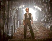 Statt in der Vergangenheit zu landen, wird Alexander Hartdegen (Guy Pearce) 800 000 Jahre in die Zukunft katapultiert.
