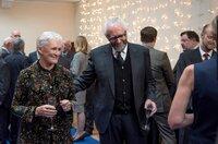 Joan (Glenn Close) und Joe (Jonathan Pryce) genießen die Aufmerksamkeit.