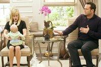 Für Kate (Reese Witherspoon, l.) und Brad (Vince Vaughn, r.) wird das bevorstehende Weihnachtsfest zum Alptraum ...