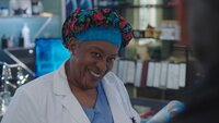 Loretta Wade (CCH Pounder)