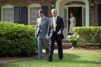 FBI-Agent Angelo Lano (Ike Barinholtz) und Mark Felt (Liam Neeson, m.) ermitteln gemeinsam im Fall ?Watergate?. Felts Ehefrau Audrey (Diane Lane) ist besorgt