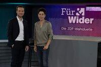 """Andreas Wunn und Dunja Hayali moderieren """"Für & Wider - Die ZDF-Wahlduelle""""."""
