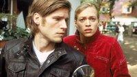 Mark Harms (Sebastian Ströbel) und Nele Thieme (Julie Engelbrecht) sind beim Eintreffen der Polizeibeamten ziemlich verunsichert. Der schon mehrfach straffällig gewordene Mark hat sich in den letzten Jahren scheinbar gefangen. Ist er der Täter?