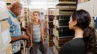 Lou Grover (Chi McBride, l.) und Tani Rey (Meaghan Rath, r.) finden den Anwalt der Täter. Können sie mit Odell Martins (Michael Imerioli, M.) Hilfe den Anschlag verhindern?