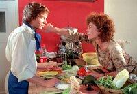 Irene Kürschner (Nina Hoger) weiß. dass sie sich auf ihren Sohn Benjamin (Luke Wilkins) verlassen kann.