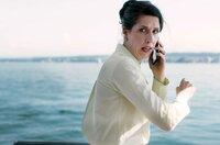 Die Millionenerbin Marita Schiller (Christine Prayon) ruft in Panik bei der Polizei an: Ihrer Yacht ist havariert und droht zu sinken.