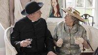 Father Brown (Mark Williams) und Mrs McCarthy (Sorcha Cusack)