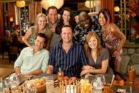 Vier Pärchen im Therapiewahn: (vorne v.l.) Cynthia (Kristen Bell) und Jason (Jason Bateman), Dave (Vince Vaugh) und Ronnie (Malin Akerman), (hi.v.li.) Joey (Jon Favreau) und Lucy (Kristin Davis), Shane (Faizon Love) und Trudy (Kali Hawk).