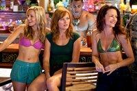 Kristen Bell (Cynthia), Malin Akerman (Ronnie), Kristin Davis (Lucy).