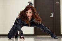 Natalie Rushman alias Natasha Romanoff (Scarlett Johansson)