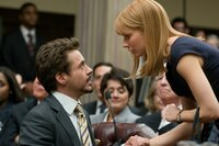 Robert Downey jr. (Tony Stark / Iron Man), Gwyneth Paltrow (Pepper Potts).