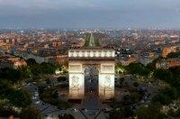 Geliebt und gehasst: Der Pariser Triumphbogen am westlichen Ausläufer der weltberühmten Avenue des Champs-Elysées bildet den Mittelpunkt des sternförmigen Place Charles de Gaulle.