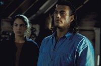 Auf der Suche nach ihrem Vater erhält Natasha (Yancy Butler) Unterstützung von Ex-Soldat Chance Bodreaux (Jean-Claude Van Damme).
