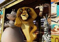 Madagascar 3: Flucht durch Europa Löwe Alex, Zebra Marty, Giraffe Melman und Nilpferd Gloria