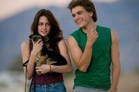 Tracy Tatro (Kristen Stewart), Chris McCandless (Emile Hirsch)