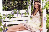 Als Sydney (Amanda Bynes) klar wird, dass sie das gekünstelte Getue der Studentenverbindung nicht länger will, tut sie sich mit den sieben Uni-Losern zusammen, um die miesen Intrigen der College-Queen zu unterbinden ...