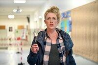 Kindergeburtstage sind in der aktuellen Zeit eine Gefahr - und Tina (Christine Eixenberger) nimmt den Kampf auf.