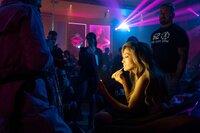 Im Stripclub ist Ramona (Jennifer Lopez) der Star – und sie weiß, wie sie sich zu präsentieren hat.