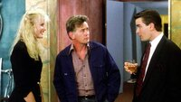 Darien (Daryl Hannah), Carl Fox (Martin Sheen) und Bud Fox (Charlie Sheen)Darien (Daryl Hannah), Carl Fox (Martin Sheen) und Bud Fox (Charlie Sheen)