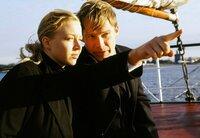 Der sympathische Anwalt Kurt (Pierre Besson) zeigt Felice (Nina Proll) die schönen Seiten Hamburgs.